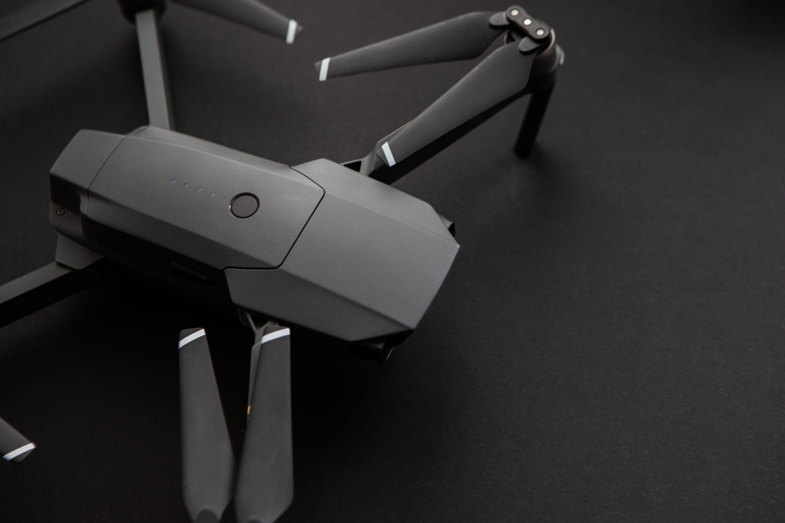 drone-copter-dark-background